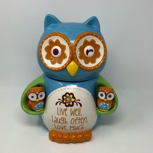 Cracker Barrel Owl Cookie Jar w/ Magnet S&P shaker